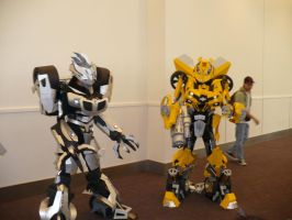 BotCon '09 - Movie Jazz n Bee by chibijaime