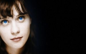 Zooey Deschanel by Roswell51