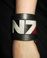 Mass Effect Leather bracer by Dominiquefx