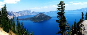 Crater Lake, Wizard Island by ams719