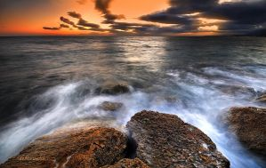 restless sea by hotonpictures