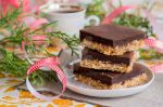 Crunchy double-layer brownies by BeKaphoto