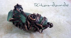 Ritardando pendant by motemanikabeads