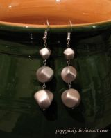 """""""Look At Me"""" earrings by PoppyLady"""