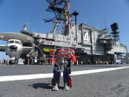 Optimus and the USS Midway by Letohatchee