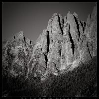 Peaks in the North Cascades by dlacko