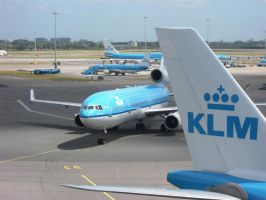 KLM MD-11 by kaasjager