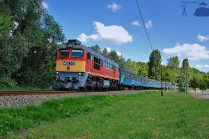 M62 317 with fast train by morpheus880223