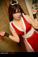 Mai Shiranui Cosplay 01 by plu-moon