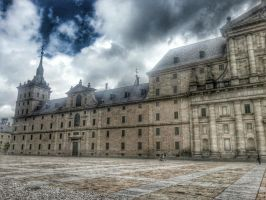 El Escorial, patio de entrada by LordNeo27