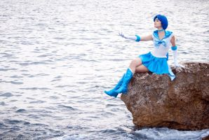 Blue water by LoveSenshi