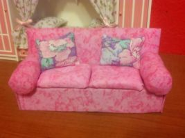 Cosy loveseat by Donttouchmykitty