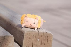 Box Lion by paperplane-products