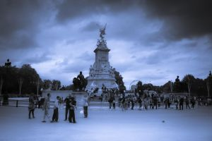 buckingham palace by drouch