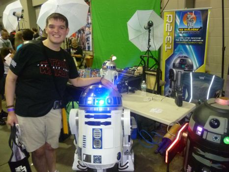 My friend, the R2 unit by Andruril93