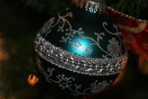 Blue Christmas Orn - Macro by Maeve09