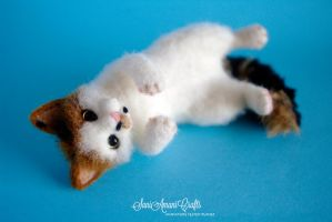 Needle felted kitty - Little Bit by SaniAmaniCrafts