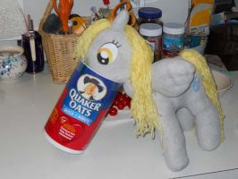 Derpy gets some oatmeal by EratosofCyrene