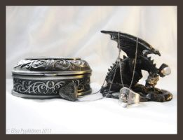 Ring, locket and the keeper by Kasipallo