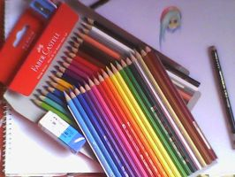 Just got a new set of Faber-Castell colour pencils by stephanieAurelio