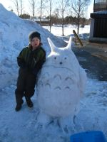 Totoro snow sculpture by sandramonster