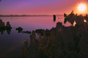 Mono Lake Sunrise by TheDrmLvr
