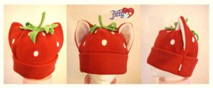 strawberry kitty hat by OnJedone