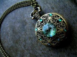 Betwixt Green Forest Opal Pocket Watch - DreamDrop by LadyPirotessa