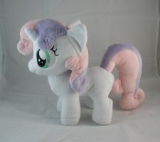 Sweetie Belle plush by LiLMoon