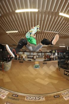 Jake Anderson Frontside Kickflip Indy by eddiethink