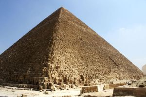 Giza Pyramids by EduGanster