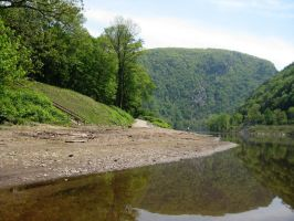 Delaware Water Gap by MalkavianDreams