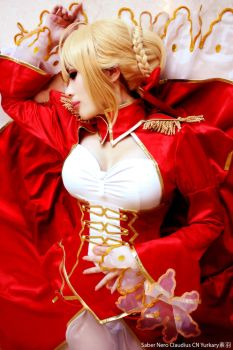 Cosplay: Fate/EXTRA - Saber Nero by yurkary