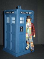 4th Doctor and TARDIS by CyberDrone