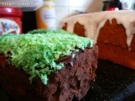 Minecraft Dirt Block Cupcakes by CazGirl