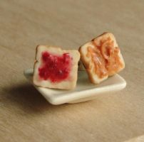 PB and J Toast Earrings by fairchildart
