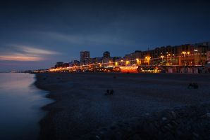 Brighton Beach at Night by temmerson