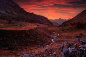 Shadows and Flames by FlorentCourty