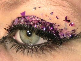 Purple Glitter Eye 4 by The-Dragoness
