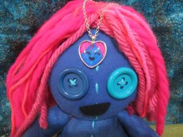 layla heart necklace by Rei2jewels