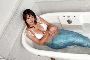 Mermaid in the bath by SeaFairy-Fantasies