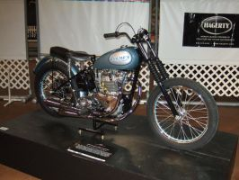 '55 Triumph T-100R Competition by Aya-Wavedancer