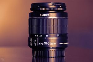 Canon EF-S 18-55mm kit lens by ToRom