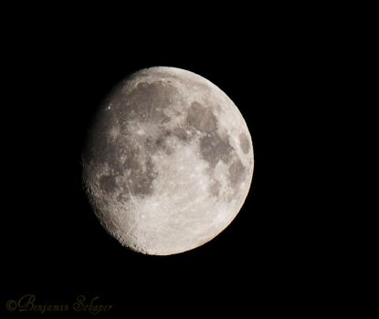 Moon by MadeOfSteel