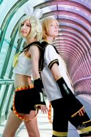 Kagamine Twins by Lye1