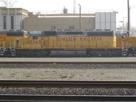UP SD40-2 3263 by BNSF