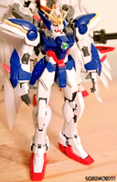 Gundam Wing Zero Custom RG 1 by Longsword97