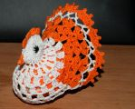 The crochet Easter hen by magicandcrochethook
