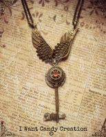 HANDMADE - Steampunk Wing Key by IWantCandyCreation