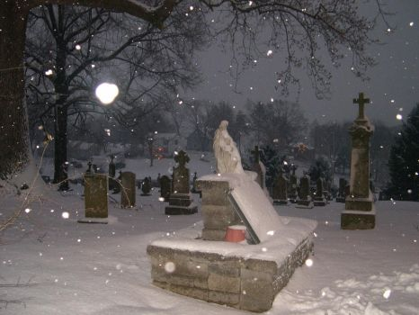Churchyard in snow by imprialmog